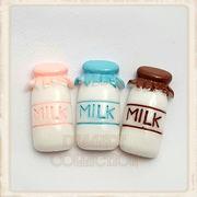 【デコパーツ】プラ・ミルク瓶