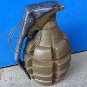 レジン製の手榴弾型オブジェ【MODEL GRENADE(OLIVE)】セールスプロモーションドール