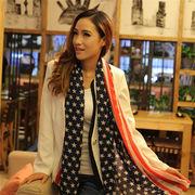 ☆流行に流れないアメリカ国旗モチーフcuteなストール☆人気の星条旗柄、ふわっと軽やかな大判シフォン