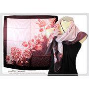 2色★大判正方形フラワー柄100%シルク綾織スカーフ  06080