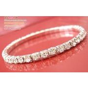 定番テニスブレス バングル ダイヤモンドの様にキラキラ輝く ラインストーンバングル