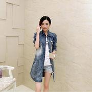デニムシャツ☆ ヴィンテージライクな色落ち感がオシャレなデニムシャツ/ ポケットの飾りとバックのプリ