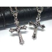 定番メンズネックレス・王冠掛けクロス・十字架