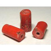 珊瑚(染色) 連販売 円柱 約12-16mm前後 穴サイズ約5mm