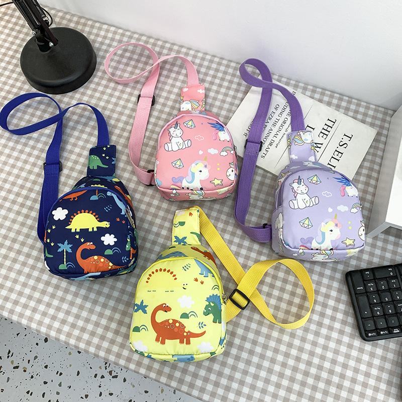 バッグ 鞄 カバン キッズ 子ども 秋 かわいい 恐竜 カジュアル 個性 トレンド 人気