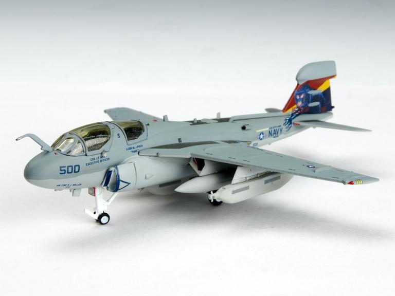 M-SERIES/エム シリーズ EA-6B プラウラー VAQ-136 ガントレッツ NF500 『CAG 2004』