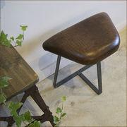 """狭い玄関にちょいと置けるスツール!""""choito stool leather(ちょいとスツールレザー)"""""""