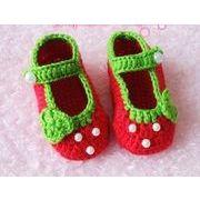 ★可愛いイチゴデザイン★手編み ベビー靴★柔らかい毛糸ニット★靴