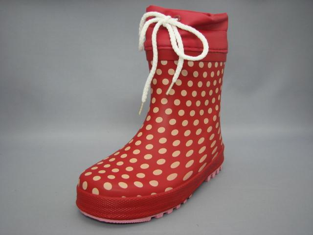 履き口から雨の浸入を防ぐ!水玉ミドルレインブーツ