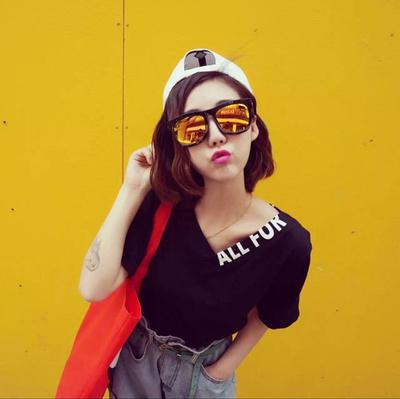 ★韓国ファッション♪英字デザインVネックカットソー★2015春夏新作