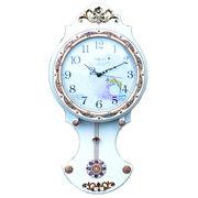 輸入雑貨:キラキラとゴージャスな白い振り子時計:5226(WH)LS