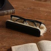 【Elementum】メガネスタンド(横置き)★メガネを手軽に収納できるファー付きスタンド☆