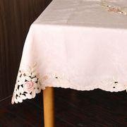 ローズ柄テーブルクロス 130×130cm(ピンクローズ)