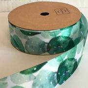 《即納》サテンリボン 25ミリ幅×9メートル 包装用 手芸用 インテリア 柄 緑 白 ハンドメイド