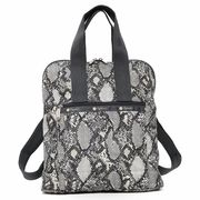 LeSportsac レスポートサック リュックサック EVERYDAY BACKPACK CHAZARA