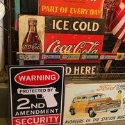 アメリカン雑貨 看板 プラスチックサインボード アメリカ国民が武器を所有する権利 CA-69