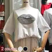 【即納】全2色★カジュアルビジュー唇英字プリントラウンドネック半袖ゆるTシャツ :VC7598256