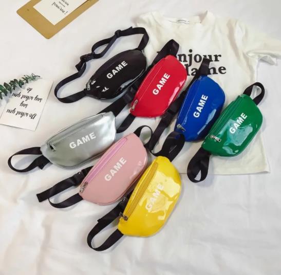 キッズバッグ カバン 鞄 ショルダーバッグ  キッズ ファッション カジュアル 幼児バッグ 男女兼用