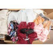 有名レディスアパレルメーカー レディスアパレル 混み混み100枚服箱