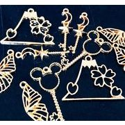 【春夏アクセサリー】アンティークパーツ 桜×富士山 蝶々 キー レジンフレーム