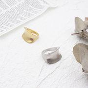 ニュアンスリング アクセサリー 指輪 おしゃれリング トレンド カーブリング 大きめリング