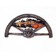 壁掛けオブジェ 車輪と駆ける3頭馬 ウォールハンギング オブジェ 縦22.5×横39.5cm