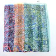 【日本製】【スカーフ】シルクサテンストライプ生地インディアナエトロ柄日本製四角大判スカーフ