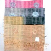 【ストール】【マフラー】インドの伝統アリ刺繍&グラデーションストール