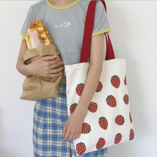 イチゴ柄 トマト柄 トートバッグ ハンドバッグ レディース 可愛い 韓国風