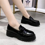 靴 女靴 春 小さな靴 女性英国スタイル アンティーク調 厚底 カジュアルシューズ プラ