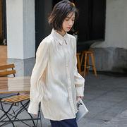 2020年春 サテン素材の光沢 大きめの襟 長袖シャツ