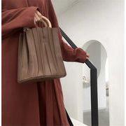 大感謝祭限定トレンド 新品 新しいスタイル 木製バックル ファッション レトロ 個性  ショルダーバッグ