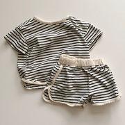 2021新作子供服 上下セット 男の子 女の子 ボーダー柄 Tシャツ+パンツ 夏服 可愛い