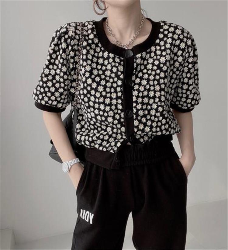 フローラル 半袖 薄い アイスシルク ニットトップス 百掛け 小さい新鮮な 韓国 夏 新作
