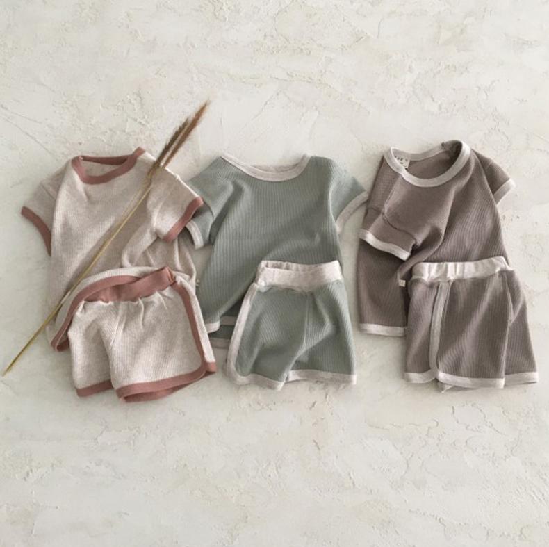 韓国スタイル ins 子供服 半袖 赤ちゃん 夏 Tシャツ パンツ 2点セット セットアップ 男の子 女の子