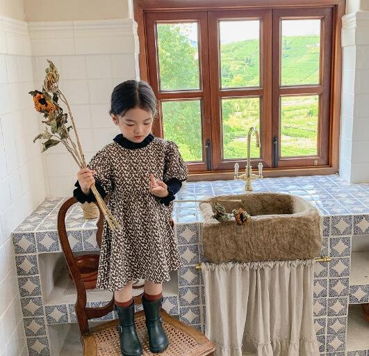 子供服 ワンピース キッズ 子ども 秋 小花柄 かわいい トレンド カジュアル 人気