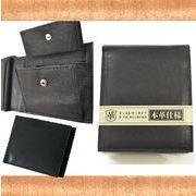 【人気】【定番】レザー メンズ折財布(ベラ付) 使うほどに手になじむ本革使用