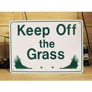 アメリカン雑貨 看板 プラスチックサインボード 芝生に入るな Keep Off The Grass CA-18