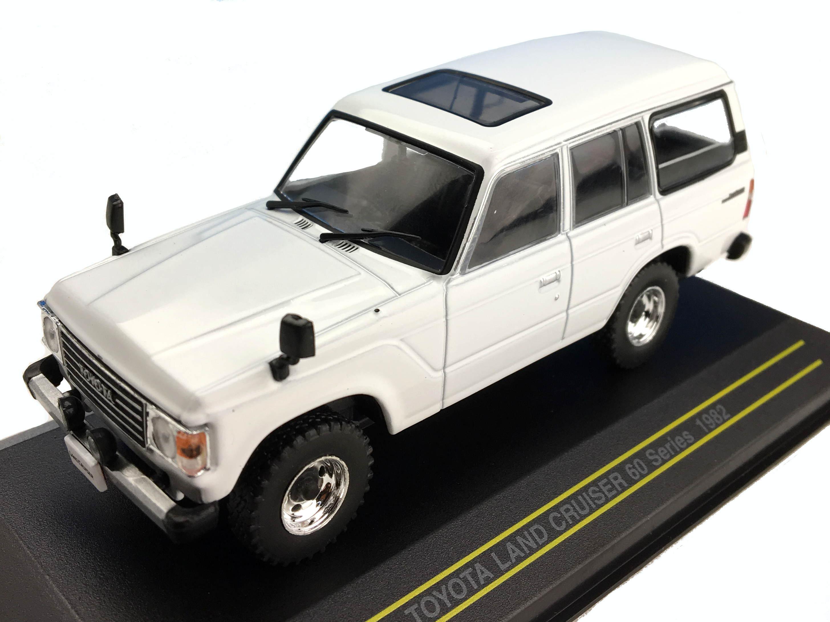 First43/ファースト43 トヨタ ランドクルーザー 60系 1982 ホワイト