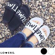夏新作 シャワーサンダル 【即納】靴 サンダル ロゴ シャワーサンダル ぺたんこ ペタンコ プール