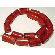珊瑚(染色) 真紅 円柱 約26×14mm 約40cm 連販売 約粒15個