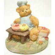 お菓子を作るクマ
