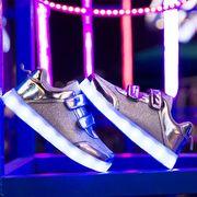 LEDキッズスニーカー 7色発光モード 光る靴 シューズ 光る靴 USB充電式 子供用