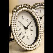 【ローマ数字に変更】可愛らしいデザイン♪アガットテーブルクロック♪パール オーバル【置時計】