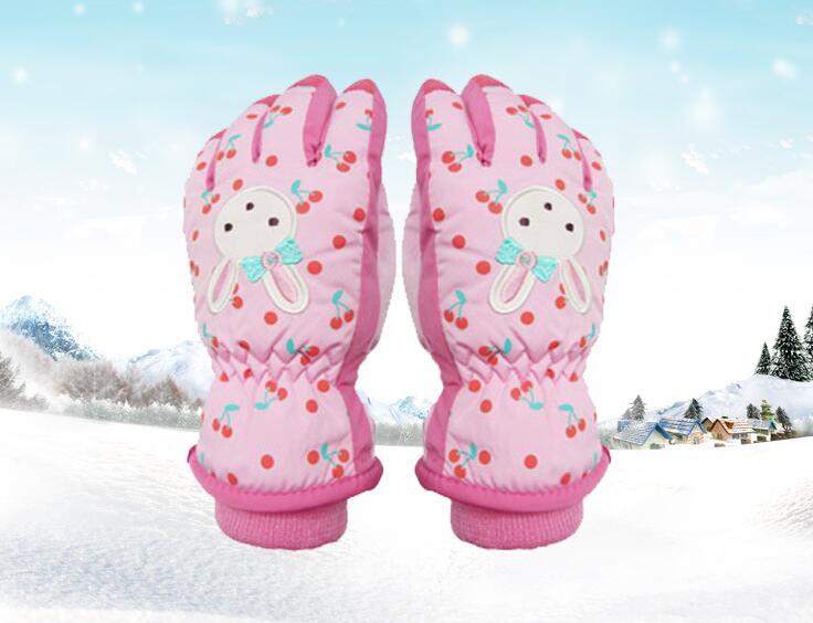 女の子 スキー手袋 スキーグローブ キッズ 5本指 スノーグローブ 子供用 防寒 防水 アウトドア