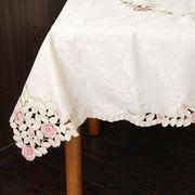 ローズ柄テーブルクロス 130×130cm(アイボリー)