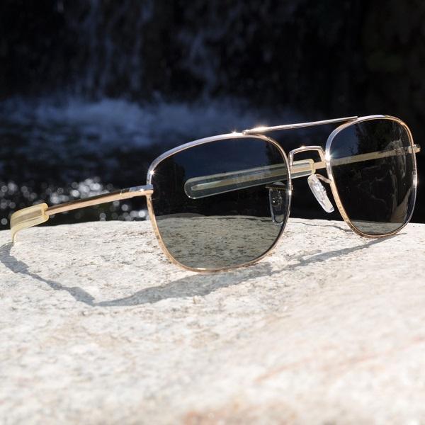 HUMVEE ハンヴィー パイロットサングラス レンズ小さめ 52mm 直線型バヨネット 偏光サングラス