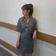 韓国風 黒白 小 ヒョウ プリント 襟 半袖 シャツ + 着やせ レザー 品質 ハイウエ