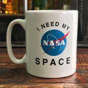 NASA公認マグカップ(アイ・ニード・マイ・スペース)・インサイニア(ミートボール) NASA