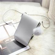 バッグ ポーチ 可愛い 小銭入れ 携帯入れ ポンポン 韓国 ファッション